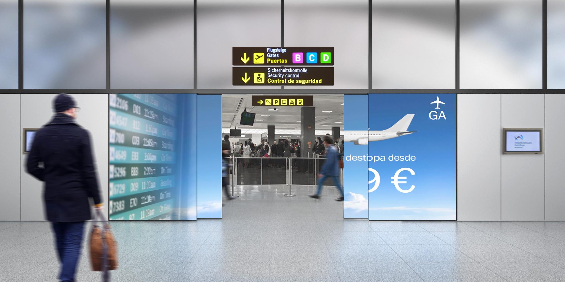 Zona de llegada de vuelos con fachada interactiva abierta
