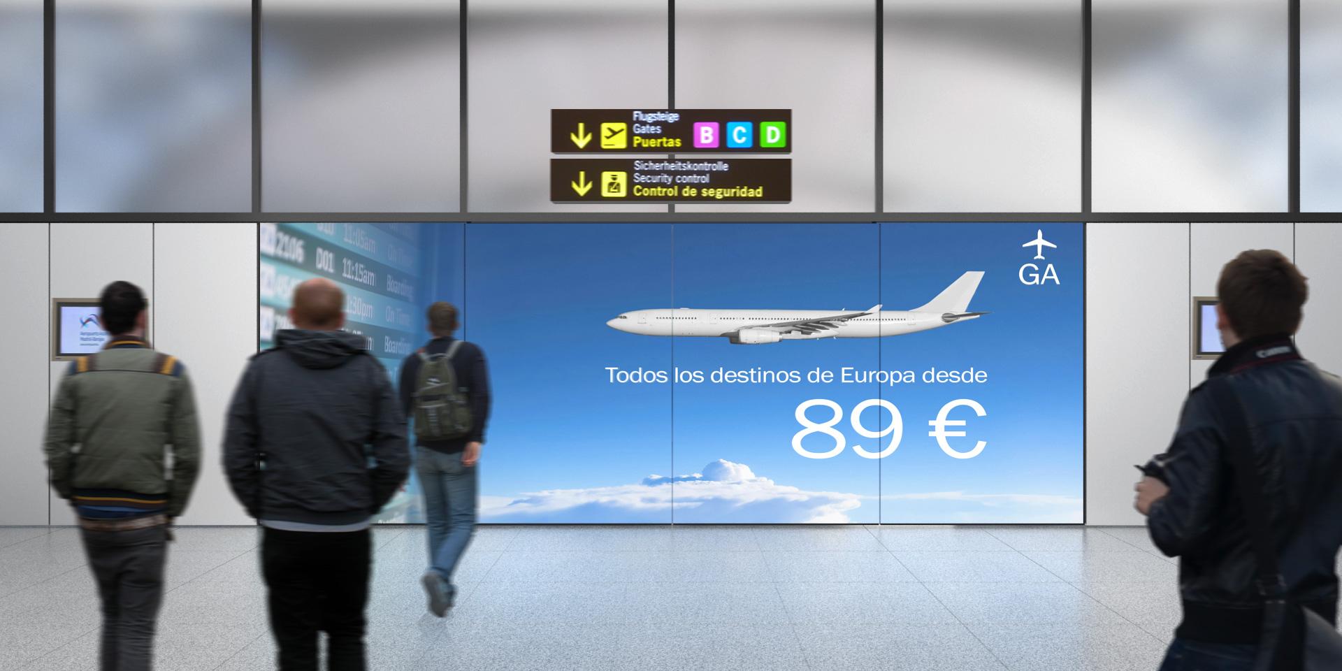 Zona de llegada de vuelos con fachada interactiva